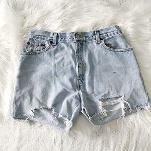 Levi's 550 Cut Off High Waist Shorts